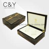 Regarder la boîte en bois de luxe personnalisé