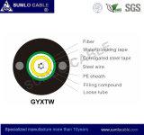 El cable de fibra óptica al aire libre de GYXTW, tubo central, acorazado de acero, canaliza o dirige uso enterrado o aéreo