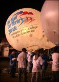 Aufblasbarer Ballon, der politisches Compaign bekanntmacht