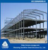 Construcción de la estructura de acero hecha de la viga de acero, braguero, marco de la viga para el almacén