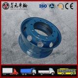 Uso da roda da liga de alumínio no barramento e no reboque do motor do caminhão