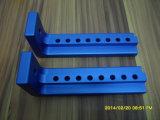 El prototipo rápido de aluminio del CNC con el azul anodizó