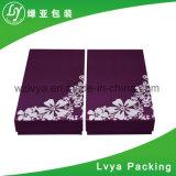 カスタムロゴの贅沢なペーパー衣類は衣服の服装のTシャツのギフトの包装の紙箱に着せる