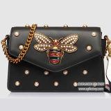 Известная повелительница кожаный мешки тавра обила сумки с украшенным бабочкой мешком плеча женщины от фабрики Emg5164 Китая