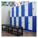 Locker Room Armoires vestiaires HPL Coin pour piscine