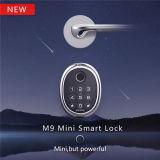 A parte superior uma marca de bloqueio inteligente Kaadas Fingerprint do fecho da fechadura de porta digital com Bluetooth e Zwave