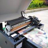 掲示板の陶磁器3Dプリンターを広告するびんの印字機