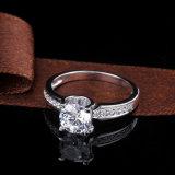 1.5 Monili dell'argento dell'anello di Solitare della pietra preziosa di Moissanite del taglio di ovale di carati