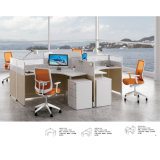 Sitio de trabajo modificado para requisitos particulares de la oficina con el escritorio del ordenador de oficina de los cajones de fichero