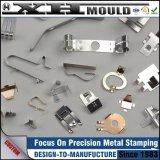 Tipos pequenos personalizados OEM do grampo de mola do metal da precisão