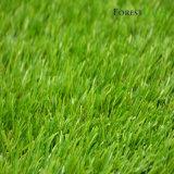 (ように)裏庭のための自然な見る緑の人工的な草