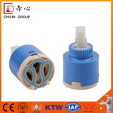 Cartouche en céramique en plastique de marche en ralenti de noyau de valve de robinet de cachetage simple avec l'allumeur