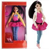 Bambola di plastica bella di modo della ragazza dolce come regalo
