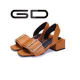 최신 디자인 편리한 발목 결박 여자를 위한 땅딸막한 정연한 발뒤꿈치 샌들