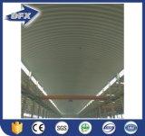 Almacén pre dirigido de la estructura de acero que construye el cuento multi