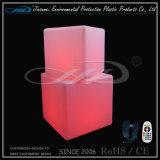 熱い販売の再充電可能で多彩なLEDの軽い立方体の椅子