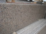 赤い花こう岩G563のフロアーリングかカウンタートップまたは壁タイルまたは階段ステップかタイルまたは平板またはまわりを回るか、または敷石