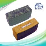 Mini haut-parleur extérieur de Bluetooth de modèle en bois de tissu