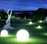 Esfera solar esperta impermeável da luz do jardim para a decoração