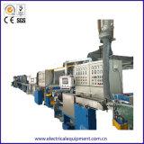 Automatischer Draht-Umhüllungen-Hüllen-Produktionszweig Kabel-Strangpresßling-Maschine