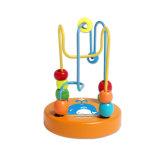 赤ん坊および幼児のための木の小型ビードのおもちゃ