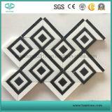 白い大理石のモザイクまたは壁またはフロアーリングのための大理石のモザイクまたは石のモザイクか磨かれたモザイク