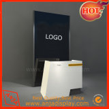 Muro de la imagen y mostrador de muebles