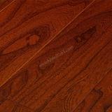 汚れカラー平たい箱およびHandscrapedの木製のフロアーリングが付いているニレによって設計される堅材のフロアーリングを増加しなさい