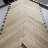 寄木細工の床か寄木細工の床のフロアーリングに床を張るカシヘリンボン木製の床張りの/Wood
