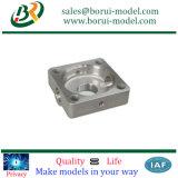 CNC подвергал CNC механической обработке подгонянный блоком подвергая запасные части механической обработке
