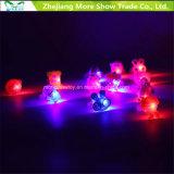Anillos ligeros del centelleo del partido de la joyería del dedo del resplandor de la historieta que contellean LED