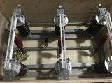 Disconnector montato Palo d'apertura verticale dell'installazione verticale di 12kv/15kv/27kv/38kv/72.5kv 50Hz/60Hz con Motroised guidato con la lamierina a terra
