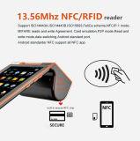 Terminal tenu dans la main androïde de tablette de position de paiement avec construit dans l'imprimante