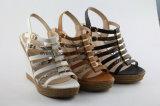 Plattform-Entwurfs-Form-Sandelholz-Frauen-Schuhe mit Queroberleder