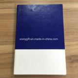 새겨진 로고를 가진 파란 백색 합동된 연약한 PU 가죽 예정표 노트북