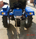 Implements/Rotary Tiller/Plough/Snow Blade/Mower/Trailer를 가진 농업 Farm Mini Tractors 12HP 2WD