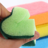 L'éponge de récureur, éponge de nettoyage, emploient extensivement pour le nettoyage