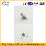 Kundenspezifisches schönes Decklack-Metallhahnpin-Abzeichen