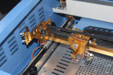 Control de equipo de plástico de cuero de contrachapado de MDF de 50W 300x500mm grabadora láser de CO2