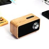 De houten Draadloze Spreker van de Desktop Bluetooth met Super Baarzen