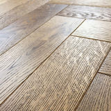 Chevrons chêne naturel brossé Antique Engineered Wood Flooring