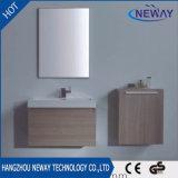 Tipo moderno gabinete de banheiro cerâmico fixado na parede do dissipador da melamina