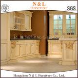 Móveis de cozinha em madeira sólida N & L com forma elegante