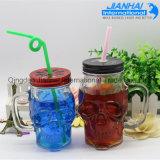 Schädel-geformtes Glasmaurer-Glas mit Metallschutzkappe