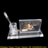 Cadre de photo acrylique de nouvelle conception avec porte-stylo