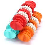 Gummikauen-Kugel-Nahrungsmittelzufuhr, die Spielzeug spielt