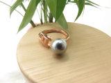 銅質の開いたリングの調節可能なサイズのローズの金の黒の真珠のリング
