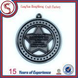Подгонянный новый медальон спорта металла