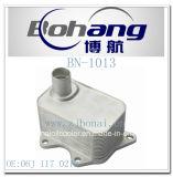 Маслянный охладитель запасных частей VW/Audi A3 A4 A5 Q5 Tt Bonai автоматический/Radiatot (06J 117 021D)