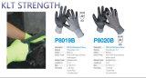 Отрежьте перчатки PU сопротивления работая